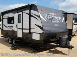 "Used 2016  Heartland RV Prowler Lynx 18LX 22'11"" by Heartland RV from Kennedale Camper Sales in Kennedale, TX"
