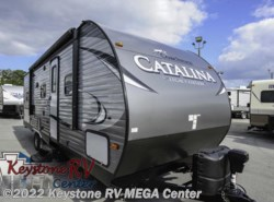 New 2017  Coachmen Catalina 273DBSLE by Coachmen from Keystone RV MEGA Center in Greencastle, PA
