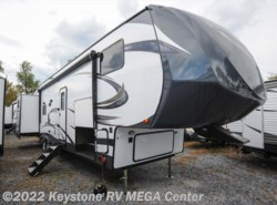 New 2018 Forest River Salem Hemisphere 356QB available in Greencastle, Pennsylvania