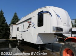 Used 2011  Forest River Wildcat 31BH2B by Forest River from Lakeshore RV Center in Muskegon, MI