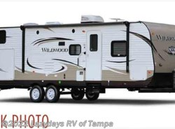 Used 2015  Forest River Wildwood 241QBXL by Forest River from Lazydays in Seffner, FL
