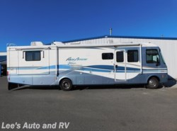 Used 1999  Fleetwood Pace Arrow  by Fleetwood from Lee's Auto and RV Ranch in Ellington, CT
