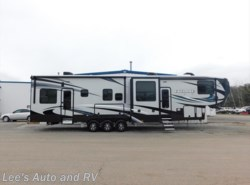 New 2017  Heartland RV Cyclone CY 4005 by Heartland RV from Lee's Auto and RV Ranch in Ellington, CT