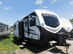 New 2018 Keystone Outback 332FK available in Ellington, Connecticut