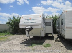Used 2004  Fleetwood Wilderness  by Fleetwood from Maximum RV in Mathis, TX
