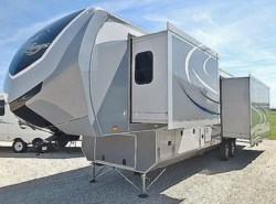 Used 2015  Open Range Open Range - 3X 378RLS by Open Range from McClain's Longhorn RV in Sanger, TX