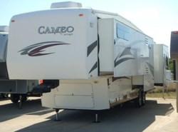 Used 2010  Carriage Cameo 37CKSLS by Carriage from McClain's RV Fort Worth in Fort Worth, TX