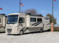 New 2017  Itasca Sunstar IFE32YE by Itasca from McClain's RV Fort Worth in Fort Worth, TX