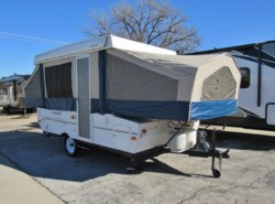Used 2010  Forest River Flagstaff 206 ST by Forest River from McClain's RV Superstore in Corinth, TX