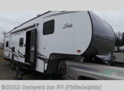 Used 2014  Forest River  Shasta 27DB by Forest River from Campers Inn RV in Hatfield, PA