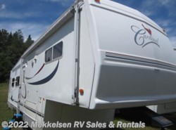 Used 2002  Forest River Cardinal 33LX by Forest River from Mekkelsen RV Sales & Rentals in East Montpelier, VT