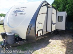 Used 2016  Coachmen Freedom Express 305RKDS by Coachmen from Mid-State RV Center in Byron, GA