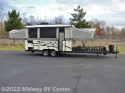 Used 2016  Forest River Flagstaff  31SCTH by Forest River from Midway RV Center in Grand Rapids, MI