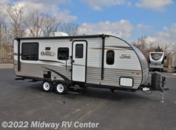 Used 2014  Shasta Oasis  21CK by Shasta from Midway RV Center in Grand Rapids, MI