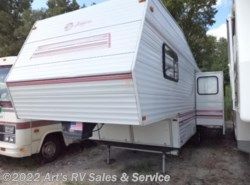 Used 1994  Jayco Eagle Fifth Wheels RK 305 WITH SLIDE OUT by Jayco from Art's RV Sales & Service in Glen Ellyn, IL
