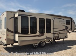 Used 2014  Yellowstone RV Canyon Trail with 3 slides by Yellowstone RV from Motor Home Specialist in Alvarado, TX