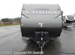 New 2017  Coachmen Catalina Legacy Edition 283DDS by Coachmen from National RV Detroit in Belleville, MI