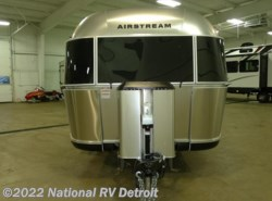 Used 2017  Airstream  Airstream Classic 30 by Airstream from National RV Detroit in Belleville, MI