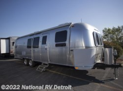 New 2018 Airstream  Airstream Flying Cloud 30FB BUNK available in Belleville, Michigan