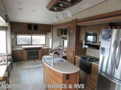 New 2016  Prime Time Crusader 321RES by Prime Time from Northern Hills Homes and RV's in Whitewood, SD