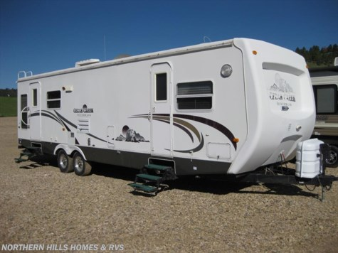 2004 Forest River Cedar Creek Silverback 31LRLS