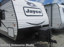 Used 2016  Jayco Jay Flight Swift SLX 195RB by Jayco from Northgate RV Center in Alcoa, TN