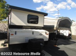 New 2017  Forest River Flagstaff 21DMHW by Forest River from Northgate RV Center in Alcoa, TN