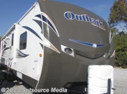 Used 2013  Keystone Outback 277RL by Keystone from Northgate RV Center in Louisville, TN