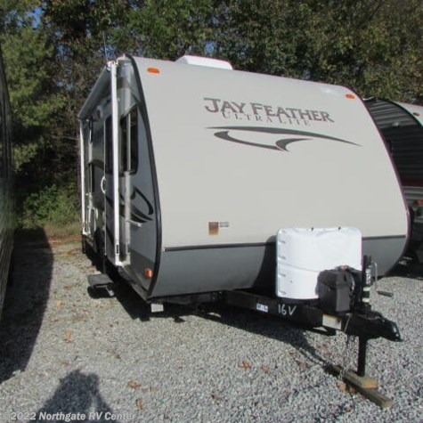 2013 Jayco Jay Feather Ultra Lite 16V