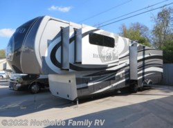Used 2015  Redwood Residential Vehicles Redwood 38RL