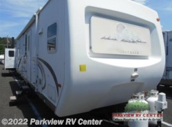Used 2003  Forest River Cedar Creek Silverback 30 LFKS by Forest River from Parkview RV Center in Smyrna, DE