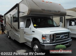 Used 2017  Winnebago Minnie Winnie 31G by Winnebago from Parkview RV Center in Smyrna, DE
