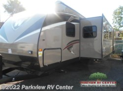 New 2017  Winnebago Ultralite 31BHDS by Winnebago from Parkview RV Center in Smyrna, DE