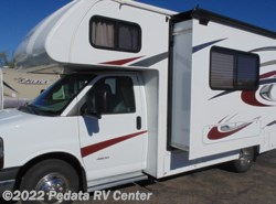 Used 2016  Forest River Sunseeker 2290S by Forest River from Pedata RV Center in Tucson, AZ