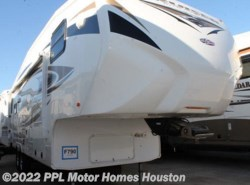 Used 2011  CrossRoads Cruiser 285RL by CrossRoads from PPL Motor Homes in Houston, TX