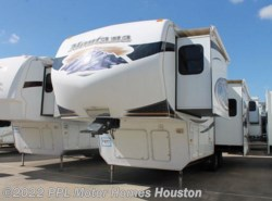 Used 2010  Keystone Montana Hickory 2955RL by Keystone from PPL Motor Homes in Houston, TX