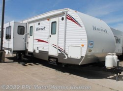 Used 2010 Keystone Hornet 32RLSS available in Houston, Texas
