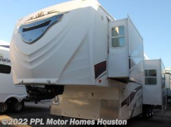 Used 2009  K-Z Inferno  3812SL by K-Z from PPL Motor Homes in Houston, TX