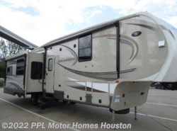 Used 2016  CrossRoads Cruiser 322RL by CrossRoads from PPL Motor Homes in Houston, TX