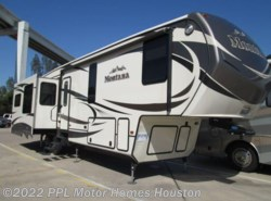 Used 2015  Keystone Montana 3440RL by Keystone from PPL Motor Homes in Houston, TX