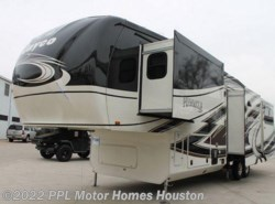 Used 2015  Jayco Pinnacle 36RSQS by Jayco from PPL Motor Homes in Houston, TX