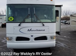 Used 2000  Four Winds International Hurricane 33B by Four Winds International from Ray Wakley's RV Center in North East, PA