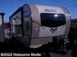 New 2018 Forest River Flagstaff Micro Lite 25FBLS available in Manassas, Virginia