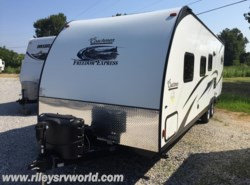 Used 2014  Coachmen Freedom Express 261SE by Coachmen from Riley's RV World in Mayfield, KY