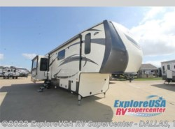 New 2017  CrossRoads Cameo CM37DB by CrossRoads from ExploreUSA RV Supercenter - MESQUITE, TX in Mesquite, TX