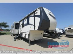 New 2017  CrossRoads Cameo CM37RD by CrossRoads from ExploreUSA RV Supercenter - MESQUITE, TX in Mesquite, TX
