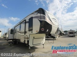 New 2017  Heartland RV Bighorn Traveler 39MB by Heartland RV from ExploreUSA RV Supercenter - MESQUITE, TX in Mesquite, TX