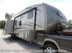 New 2015  Palomino Sabre Silhouette 314 RLKS by Palomino from Cuno Pick-Up Coach & Trailer Sales in Montgomery City, MO