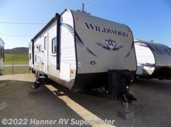 Used 2014  Forest River Wildwood 29QBDS by Forest River from Hanner RV Supercenter in Baird, TX