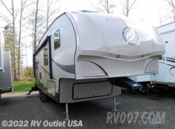 Used 2012  EverGreen RV Ever-Lite 32 RL-5 by EverGreen RV from RV Outlet USA in Ringgold, VA